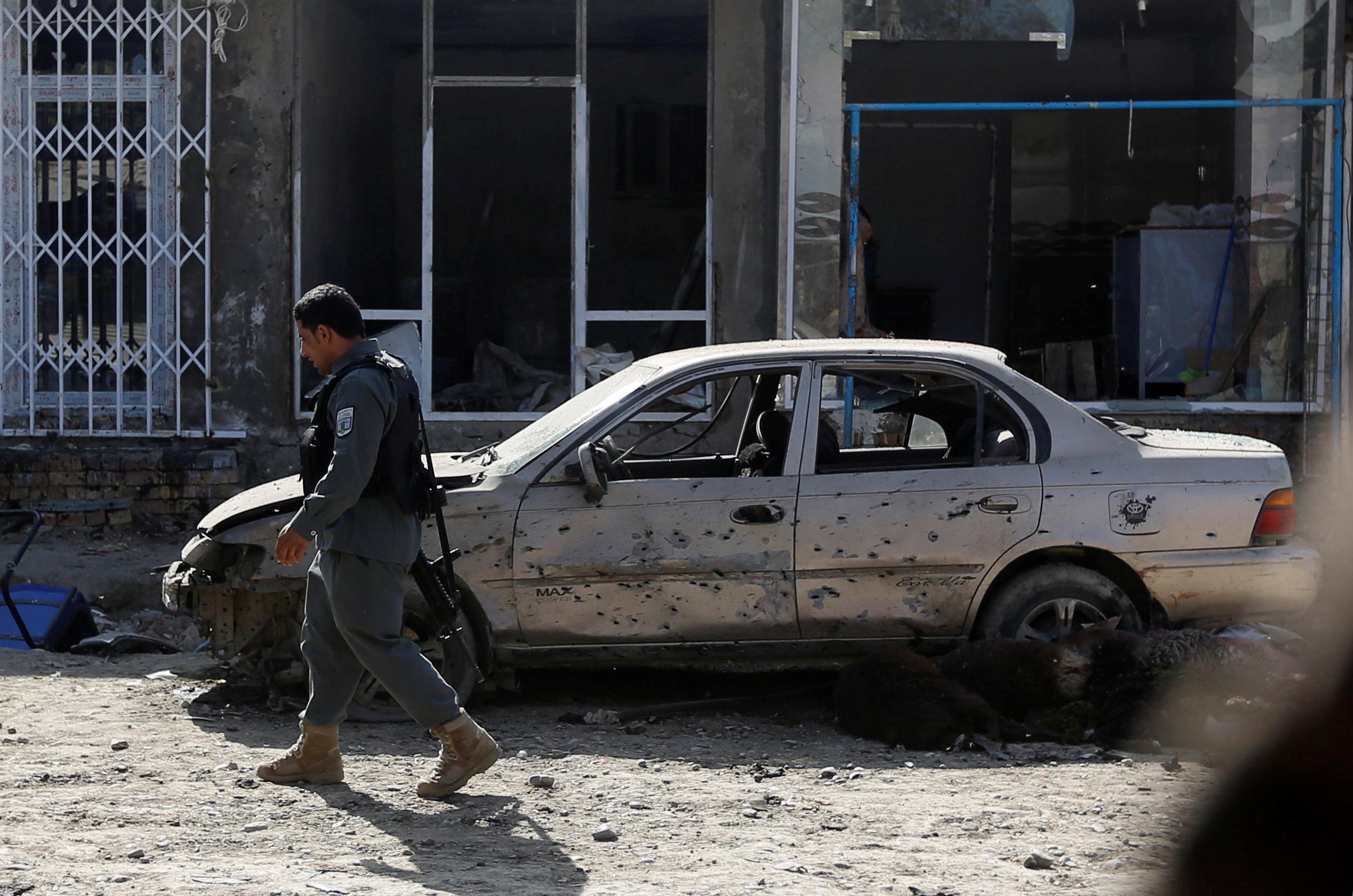 Photo of نيران صديقة تقتل 10 من قوات الأمن الأفغانية