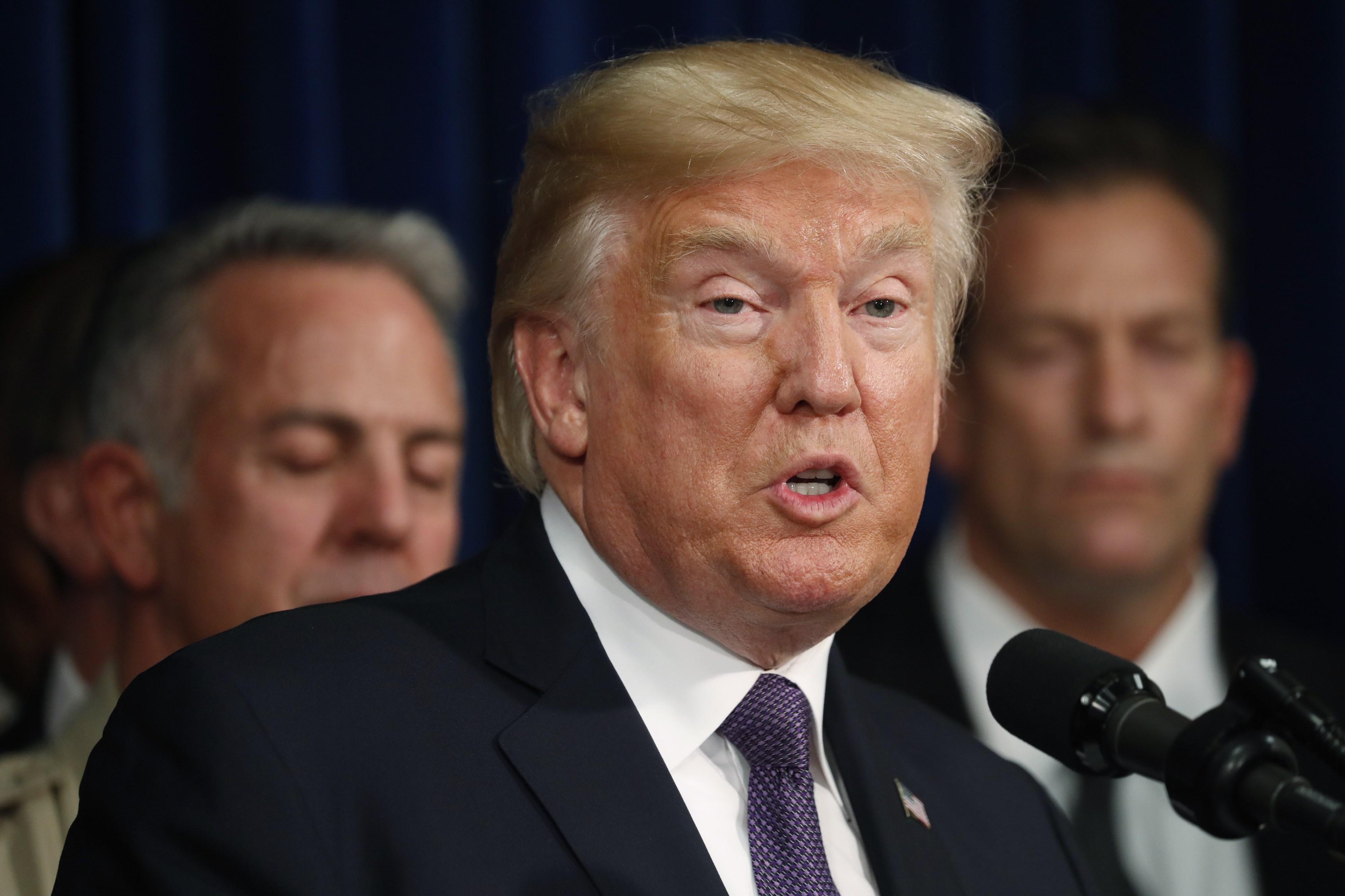 "Photo of ترامب يعتزم ""عدم المصادقة"" على اتفاق إيران النووي"