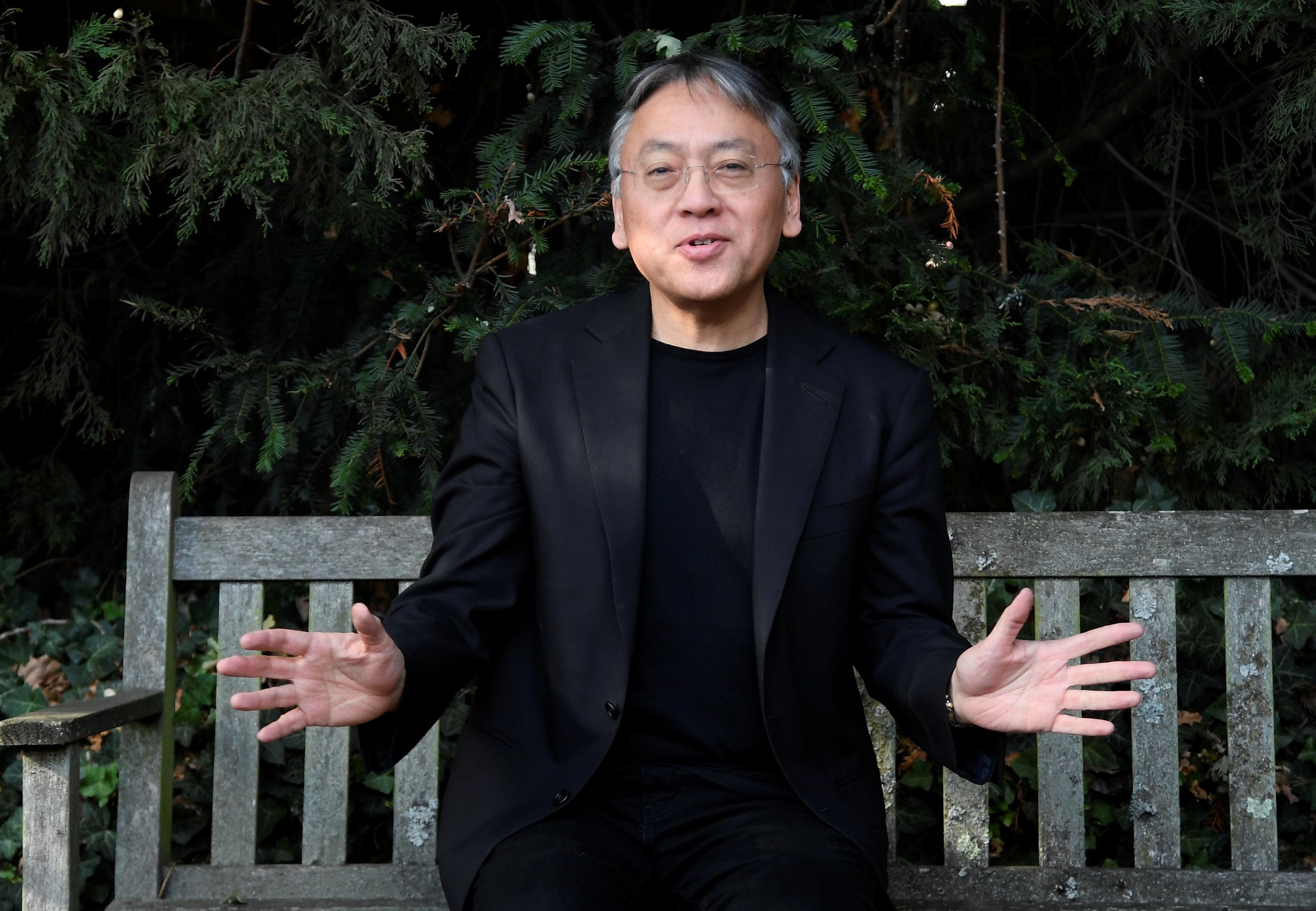 كازو إيشيجورو