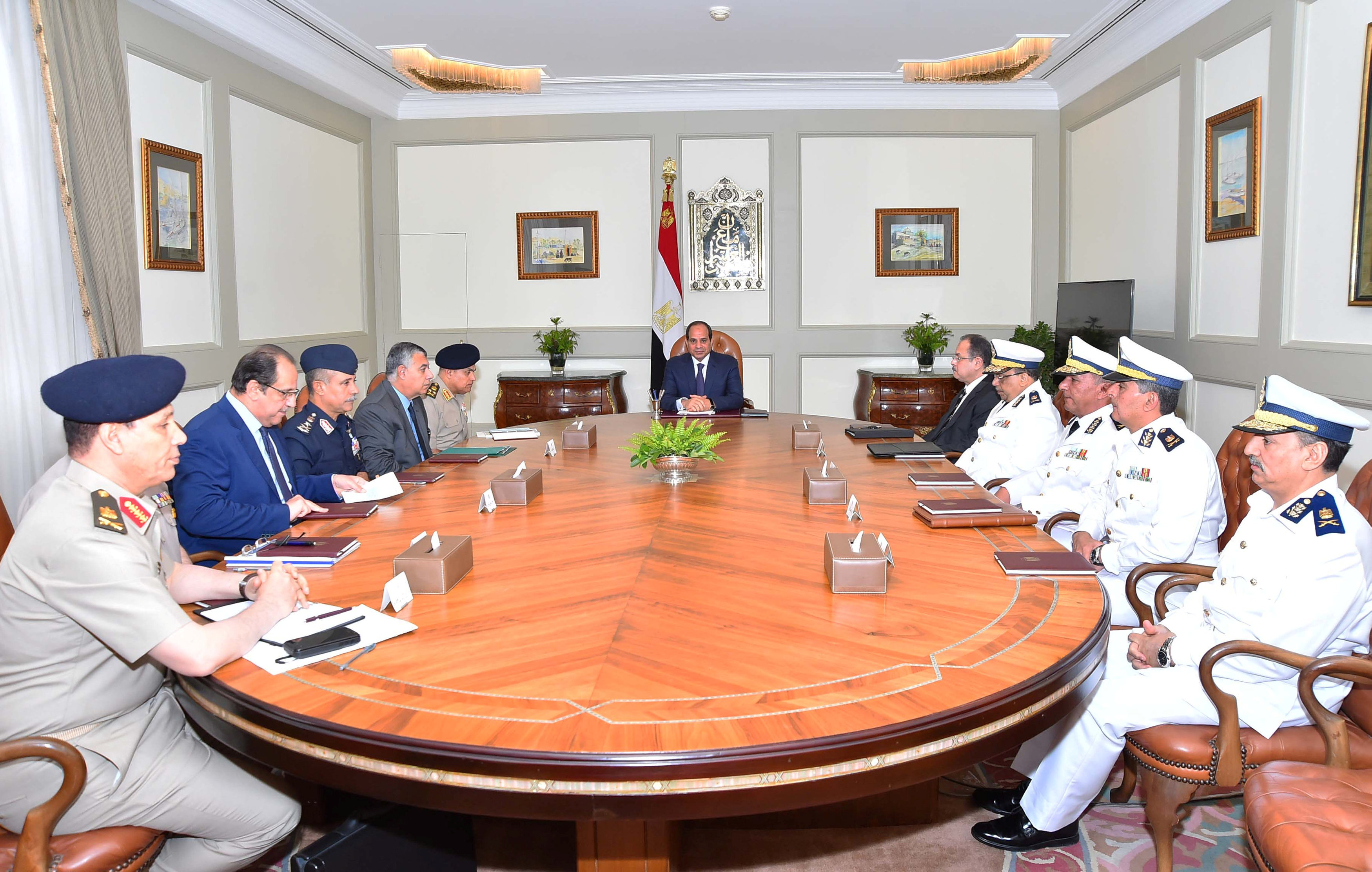 عبد الفتاح السيسي ومجلس الوزراء