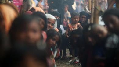"""Photo of """"إذاعة واتساب"""" .. ملاذ اللاجئين الروهينجا المتعطشين للأخبار"""