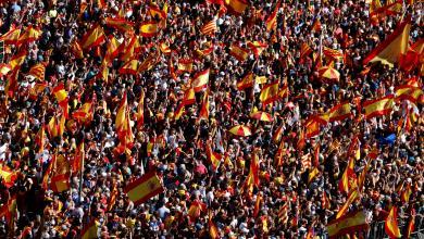 عشرات الألوف في مظاهرات بشوارع برشلونة