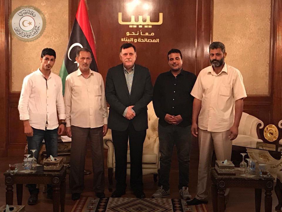 فائز السراج و عميد بلدية طبرق