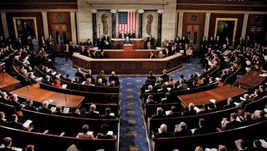 Photo of مجلس الشيوخ الأمريكي يناقش من جديد تفويض الحرب