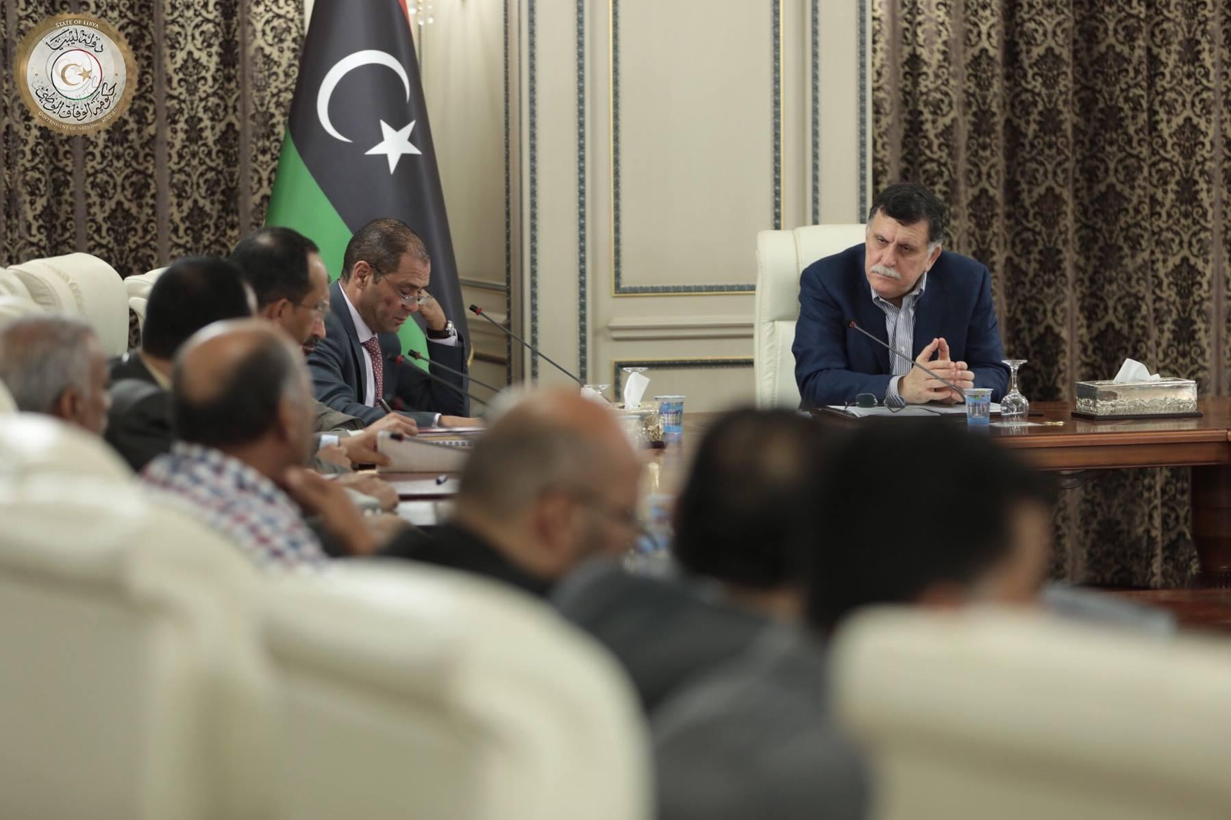 "Photo of سنتان للرئاسي في طرابلس ""الأمور مش تمام"""
