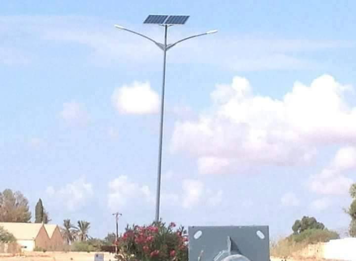مشروع إنارة طريق مطار بنينا