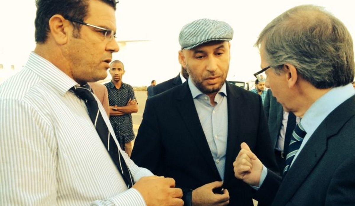 المبعوث الأممي الأسبق في ليبيا برناردينو ليون مع المهدي الحاراتي