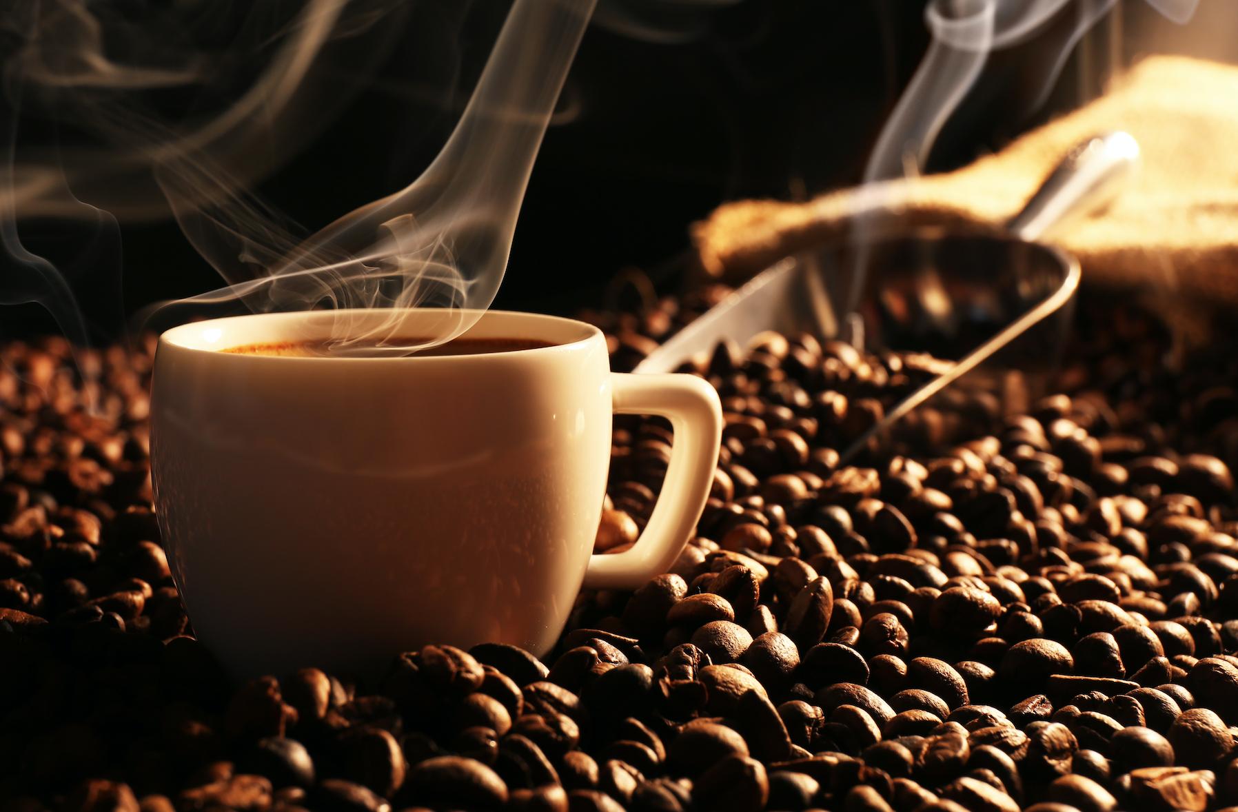 Photo of دراسة جديدة: القهوة تحمي من مرض قاتل