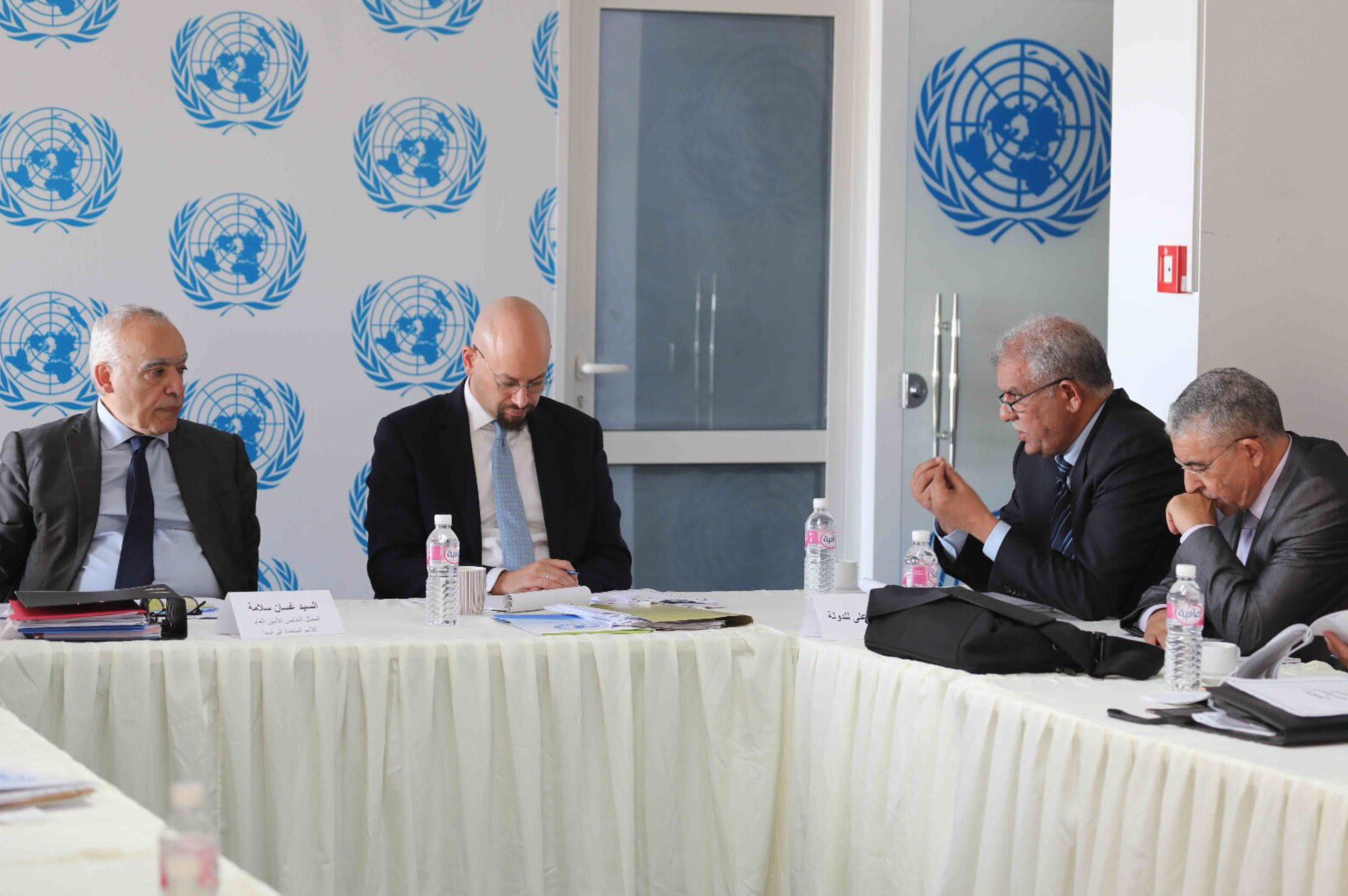 Photo of آخر المستجدات بعد تعليق جلسات تونس لتعديل الاتفاق السياسي