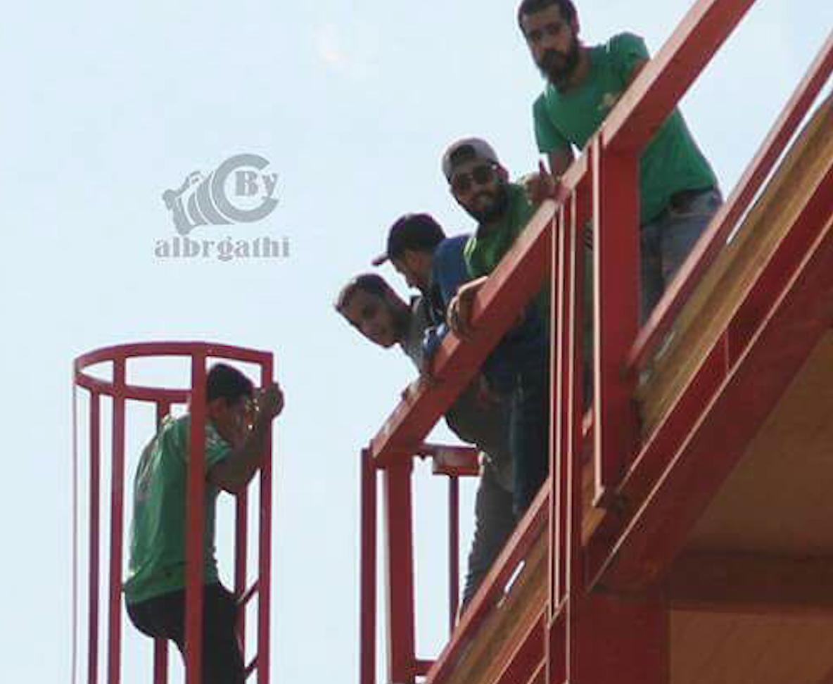 Photo of سلم الموت.. طريق سلكته جماهير النصر لمؤازرة فريقها