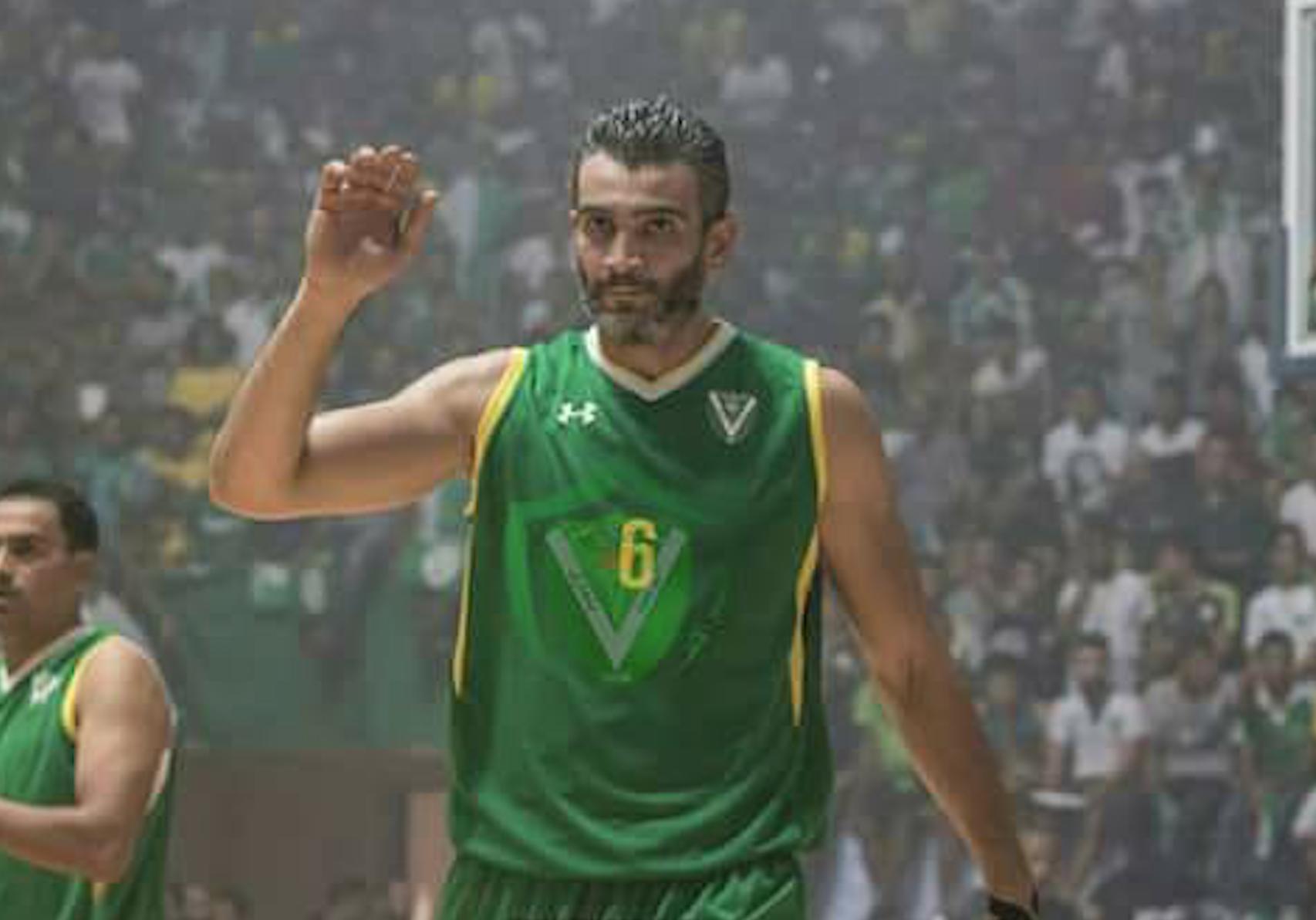 لاعب فريق النصر لكرة السلة عبدالرازق التركي