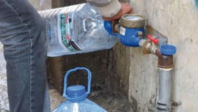 صورة عميد بلدية الشويرف يعلن إعادة ضخ المياه لطرابلس