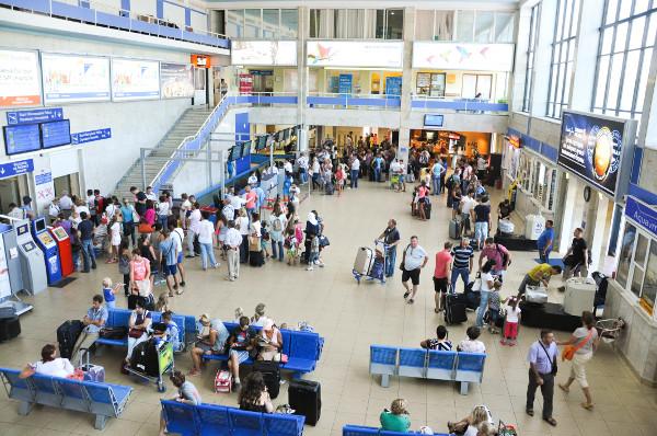 مطار أوديسا