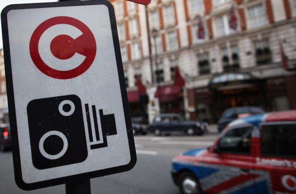 """Photo of """"لندن"""" تفرض ضريبة على """"السيارات"""" الأكثر تلويثا"""