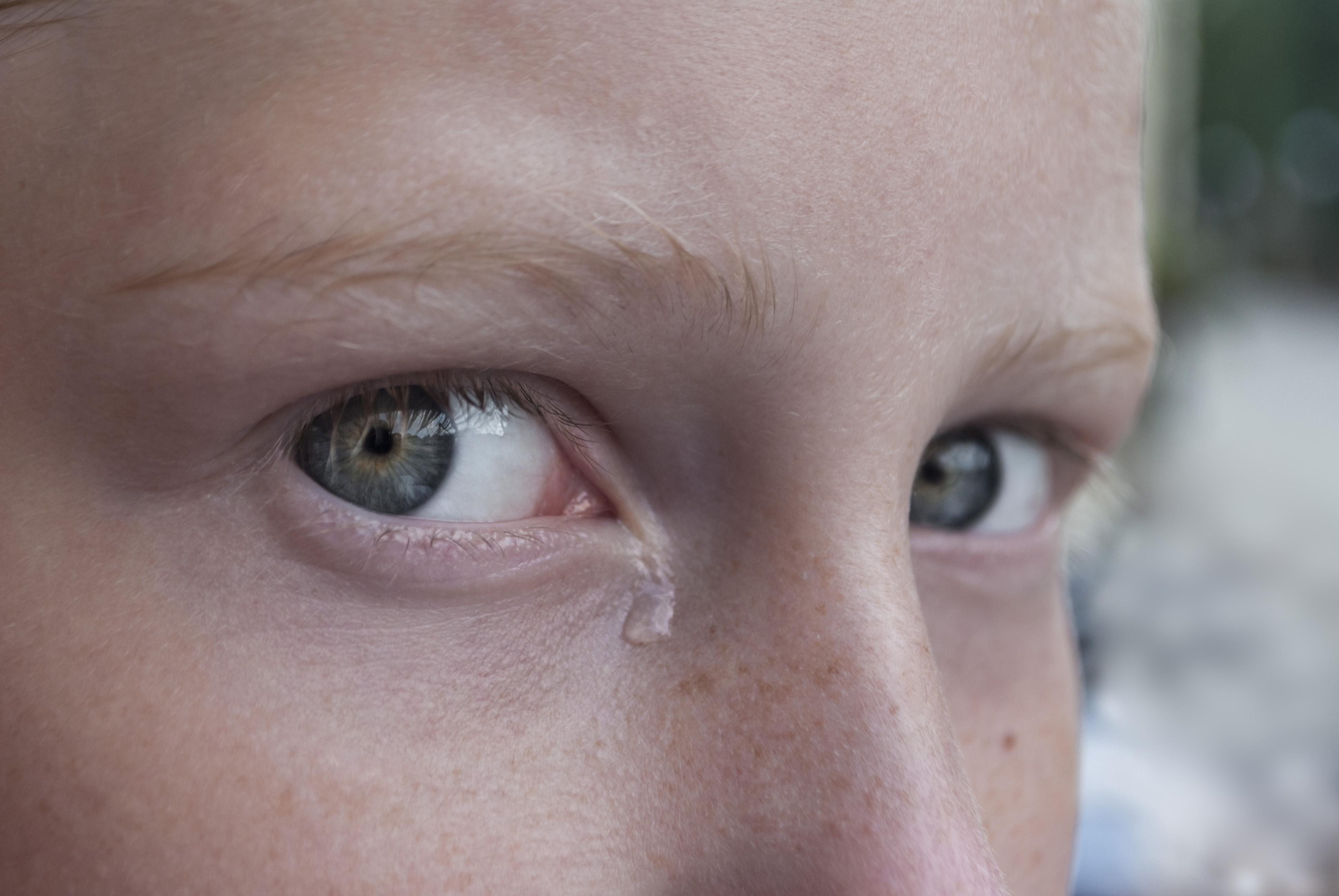 """Photo of """"البكاء"""" ليس حزنا فقط.. البكاء """"صحّة""""!"""