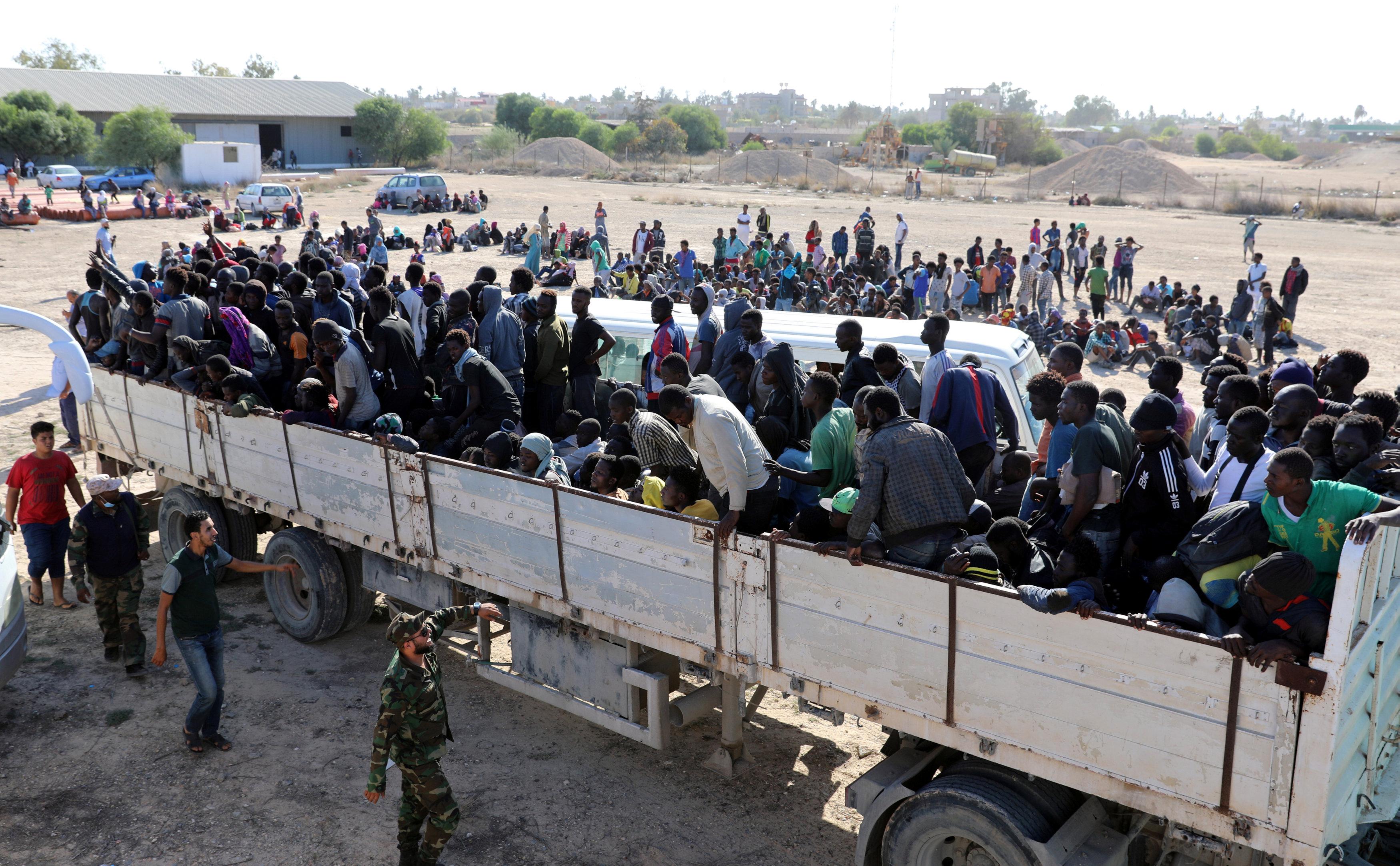الوطنية لحقوق الإنسان بيع البشر كارثة وليبيا كبش فداء