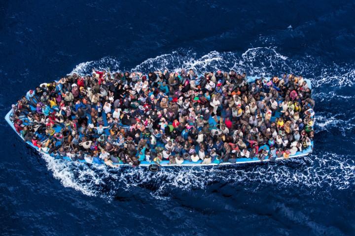 أكبر عملية إجلاء مهاجرين من ليبيا