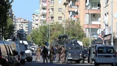 "Photo of تركيا تلاحق ""موظفين جامعيين"" في حملة ما بعد الانقلاب"