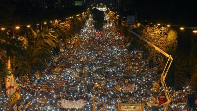 احتشاد الآلاف في كتالونيا