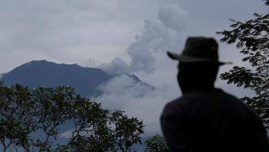 بركان جبل أجونج في جزيرة بالي الإندونيسية