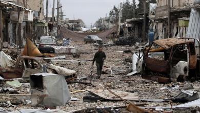 """Photo of أميركا تُحذّر الحكومة السورية من """"عُزْلة مستمرة"""" بسبب المفاوضات"""