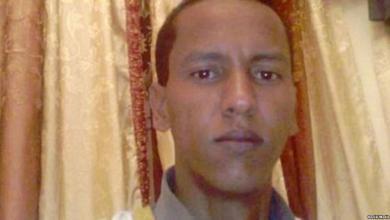 """Photo of الحكم بإطلاق سراح المدون الموريتاني """"ولد مخيطير"""""""