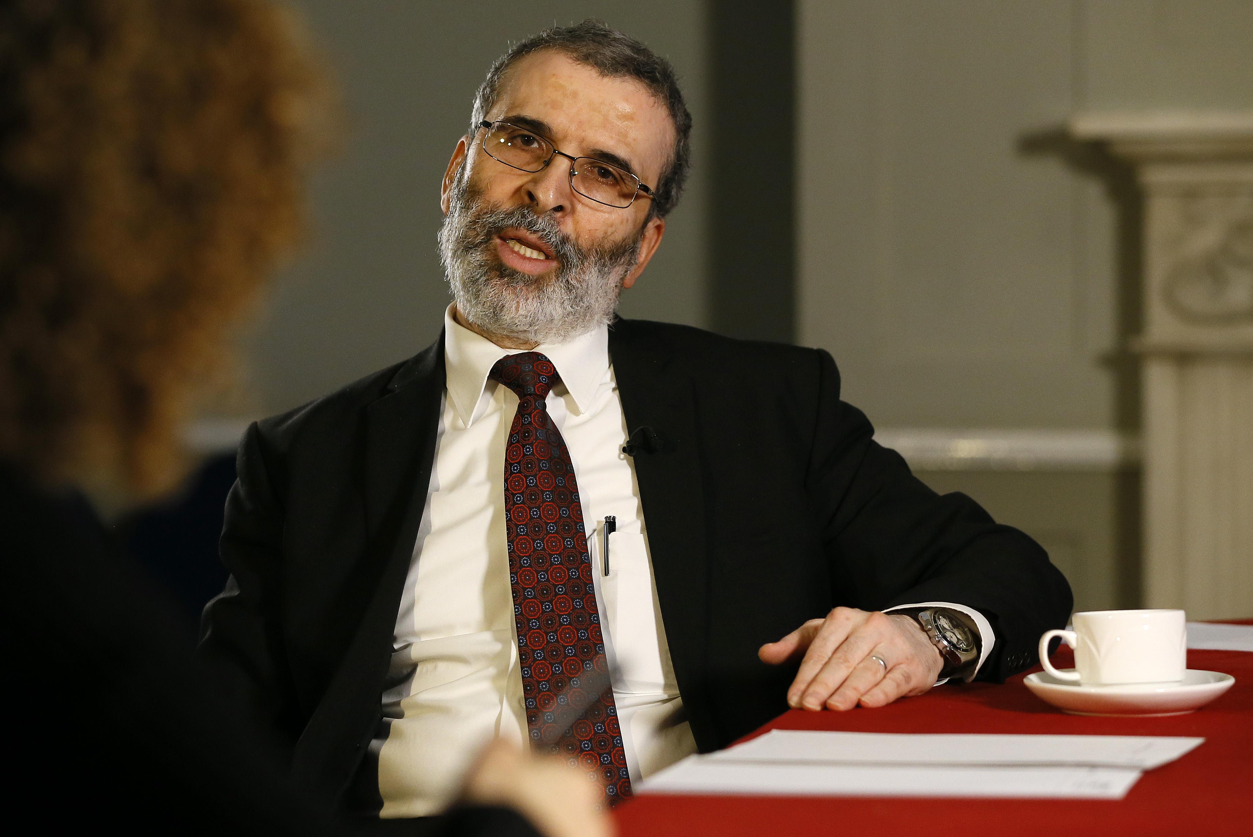 رئيس مجلس إدارة المؤسسة الوطنية للنفط مصطفي صنع الله