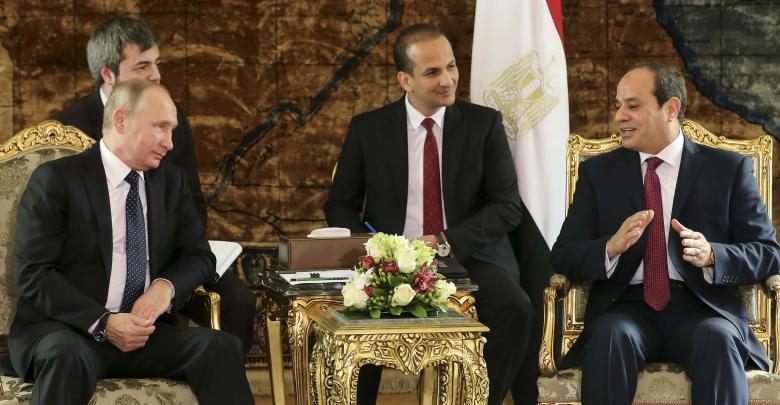 توافق مصري روسي على تسوية سلمية في ليبيا