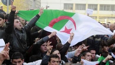 """Photo of """"الدولة العميقة"""" في الجزائر تتهيأ لـ""""رئيسين سرّيين"""""""