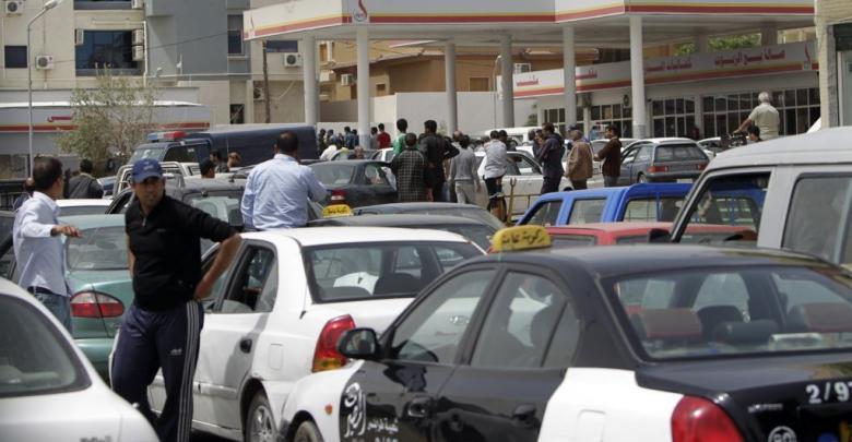 "Photo of الزنتان تُصارع ""مملكة تهريب الوقود"""