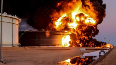 حرائق في خزانات النفط ـ صور ارشيفية