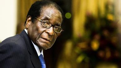 """Photo of زمبابوي.. خروج موغابي """"فرصة"""".. وآمال بشأن الانتعاش"""