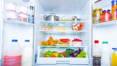 Photo of أخْرِج هذه الأطعمة من الثلاجة.. لتُحافِظ عليها