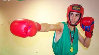 الملاكم أحمد السائح