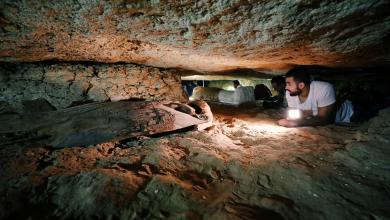 صورة اكتشاف مقابر أثرية في المنيا