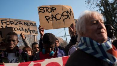 Photo of إيطاليون في الشوارع: لا للعنصرية ضد المهاجرين