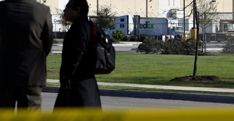 تفجيرات تكساس في مركز توزيع تابع لشركة فيديكس