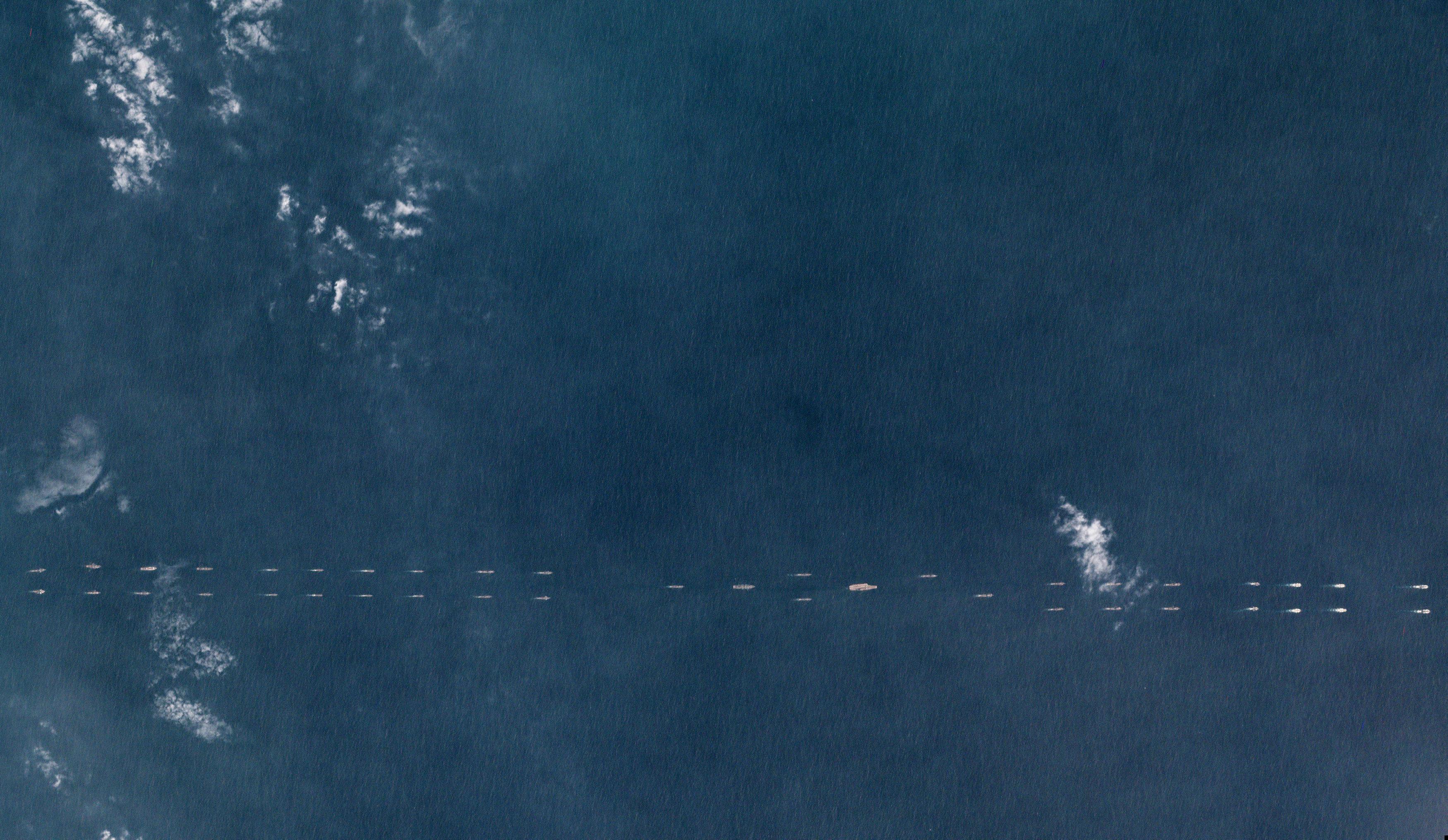 السفن البحرية الصينية أثناء تدريبات
