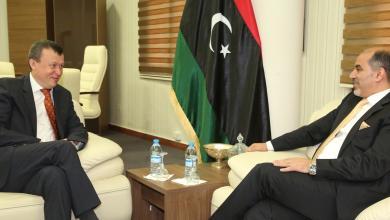 عبدالسلام كاجمان والسفير الأوكراني لدى ليبيا اميكولا ناهورني