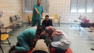 الفرق الطبية بمجمع عيادات طريق المطار