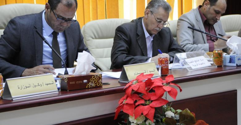 وزير التعليم المفوض بحكومة الوفاق الوطني عثمان عبد الجليل