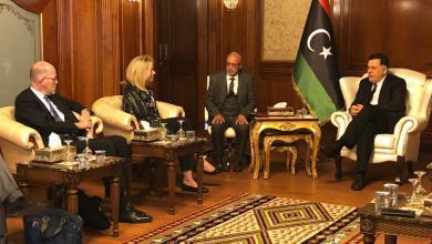 لقاء فائز السراج بوزيرة التعاون والتجارة الخارجية بالمملكة الهولندية سيغريد كاغ والسفير الهولندي لدى ليبيا إيريك ستراتينغ