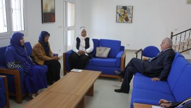 غسان سلامة خلال لقائه بعضوات في المجلس الأعلى للدولة