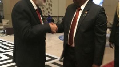 محمد الطاهر سيالة،و عمر حسن البشير