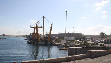 صورة ميناء الزاوية النفطي تحت القوة القاهرة