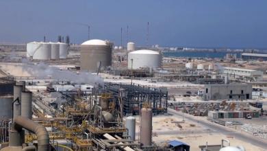 Photo of سوء الطقس يشل موانئ بالهلال النفطي