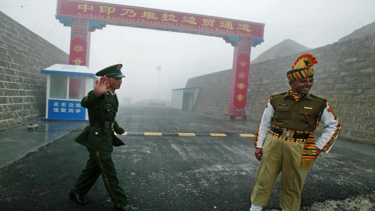 الحدود بين الهند والصين