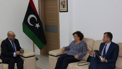 النائب بالمجلس الرئاسي د. فتحي المجبري وسفيرة فرنسا لدى ليبيا السيدة بريجيت كرومي