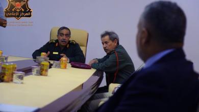 رئيس الأركان الفريق عبدالرازق الناظوري ومدراء المصارف التجارية بالمنطقة الغربية