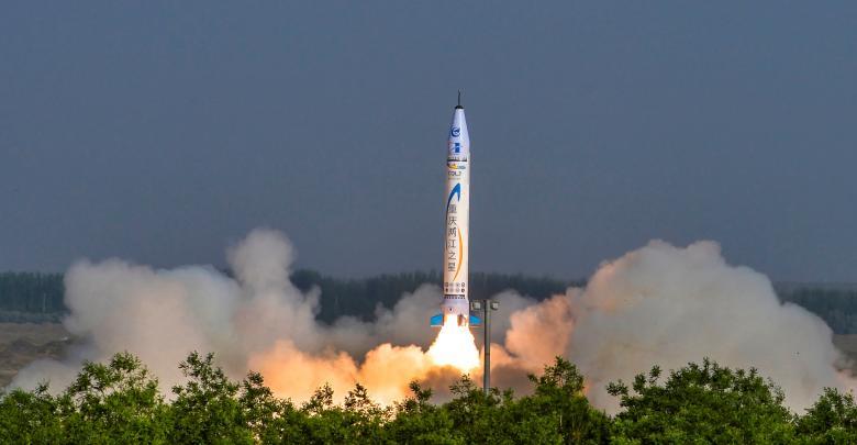 الصين تطلق أول صاروخ صنعته شركة خاصة